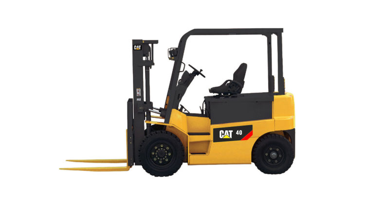 CAT BRAND NEW BATTERY POWERED 4-WHEEL FORKLIFT TRUCKS: EP35-45CZ