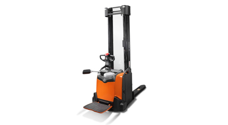 POWERED STACKERS: BT STAXIO P-SERIES